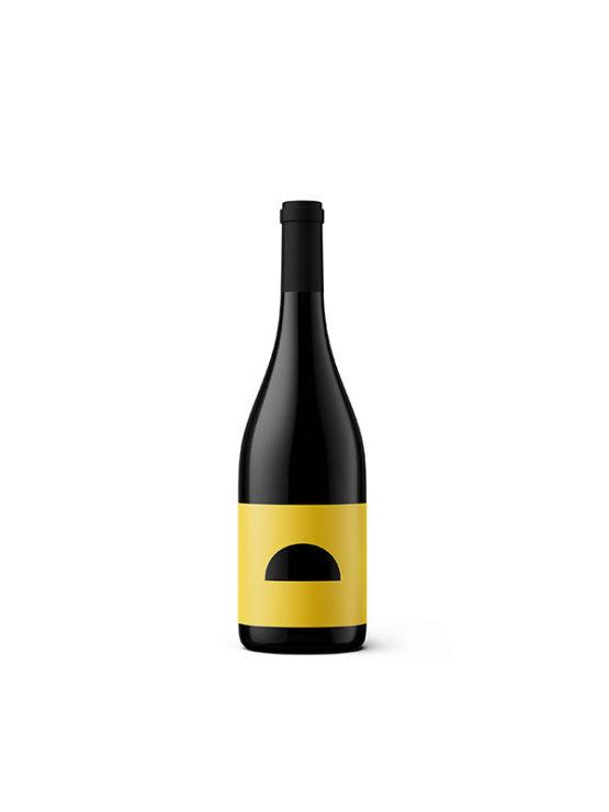 Škrlet wine from Voštinić Klasnić winery in dark 0,75l bottle with yellow label